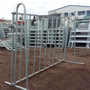 Pied pour barrière taureau